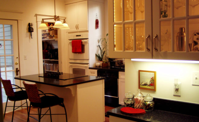 Brown Kitchen – Complete